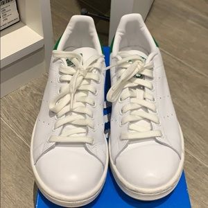 Adidas Stan Smith Sz 8! 🌟